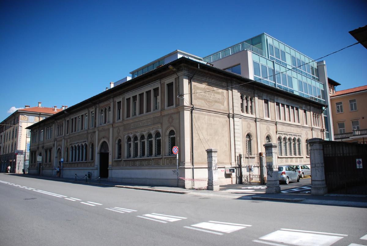 Bergamo - Ampliamento scuola d'Arte Andrea Fantoni - Vista da via Angelo Mai